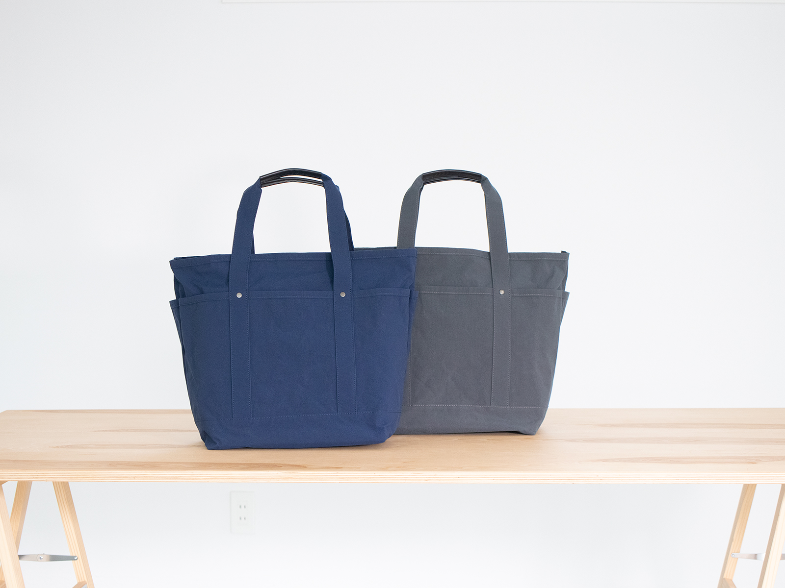 KONBU生地を使用した軽くて便利な大容量トートバッグ